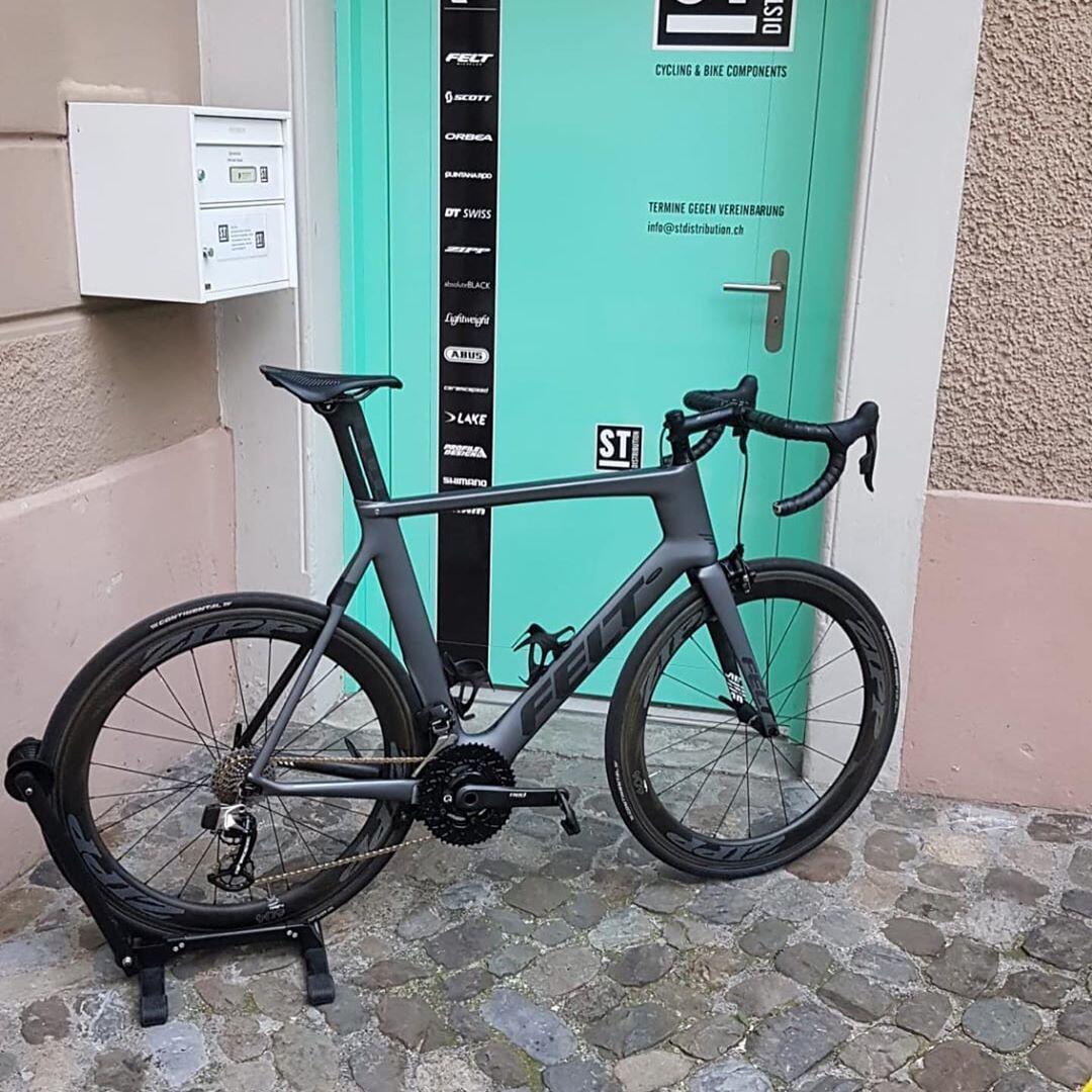 Singlebrsen Engelberg Eggersriet Singlespeed Fahrrad Lachen